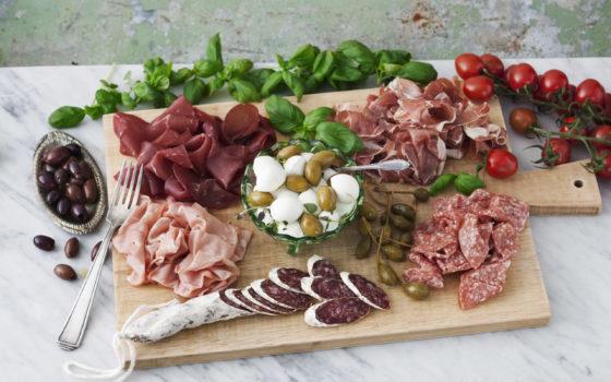 ost och charkprodukter från Di Luca Foodservice